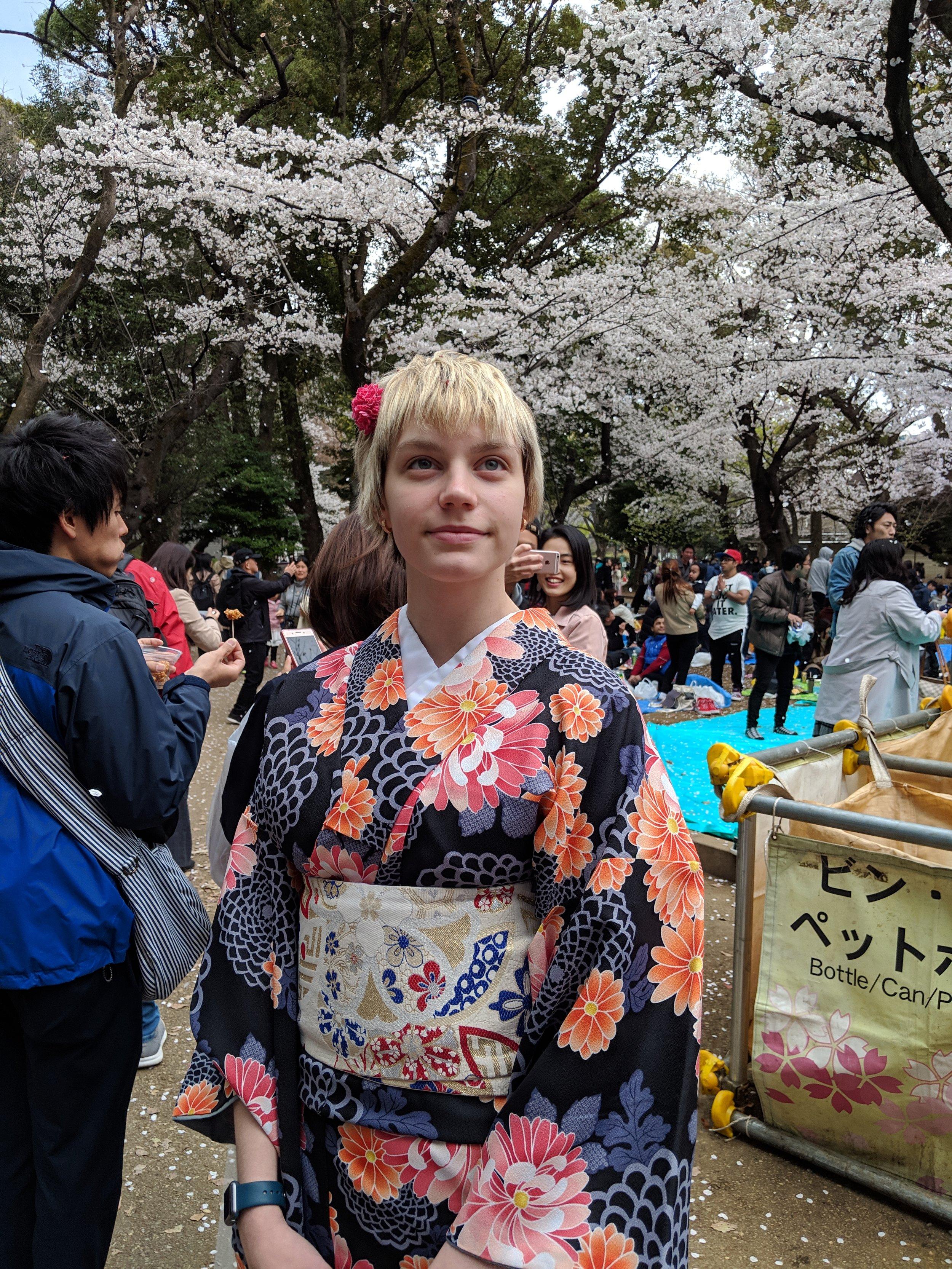 Meet Daria - Cherry blossoms, samurai, and kimonos - a dream trip to Japan!