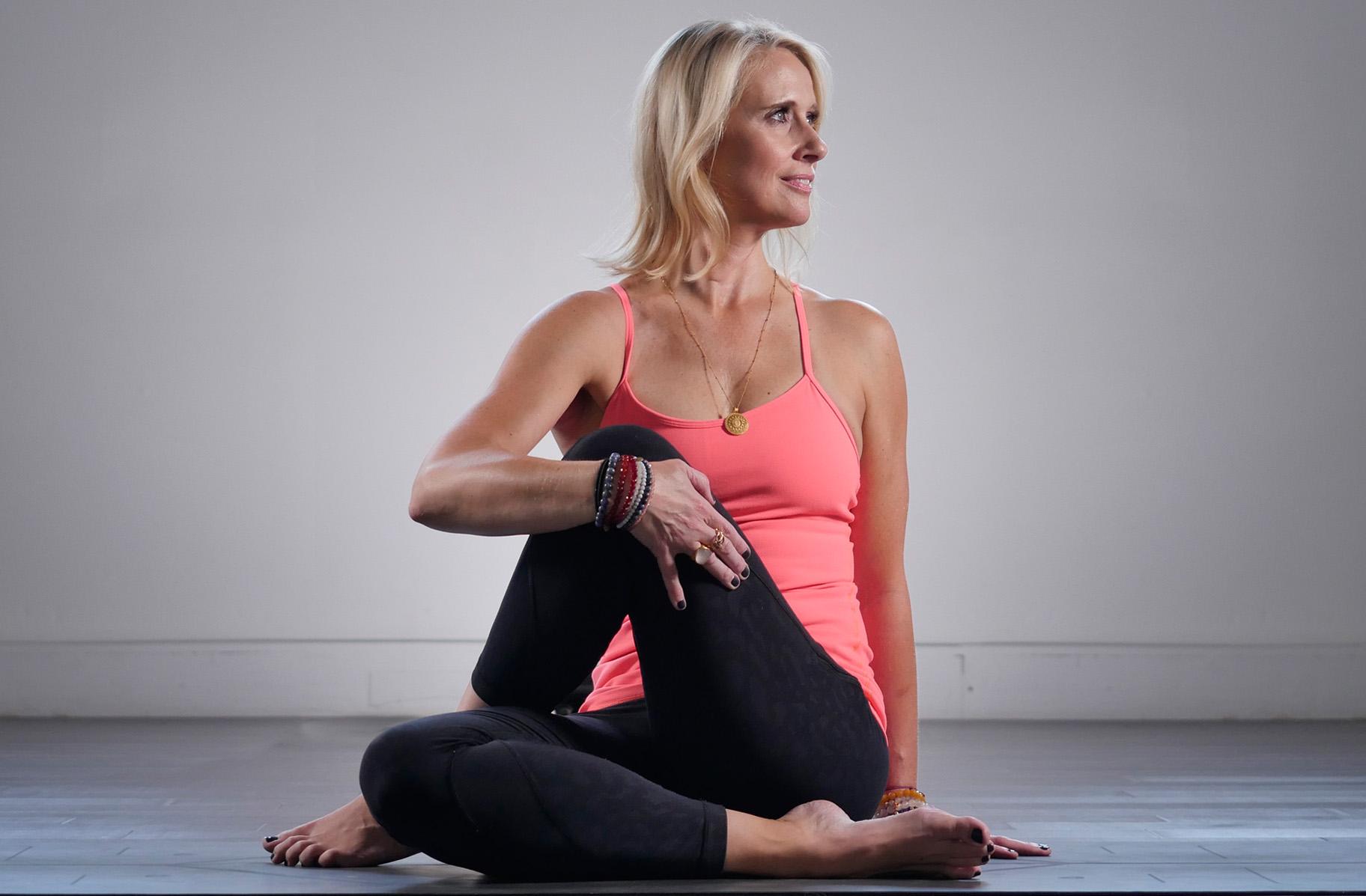 kompose-kristine-about-yoga.jpg