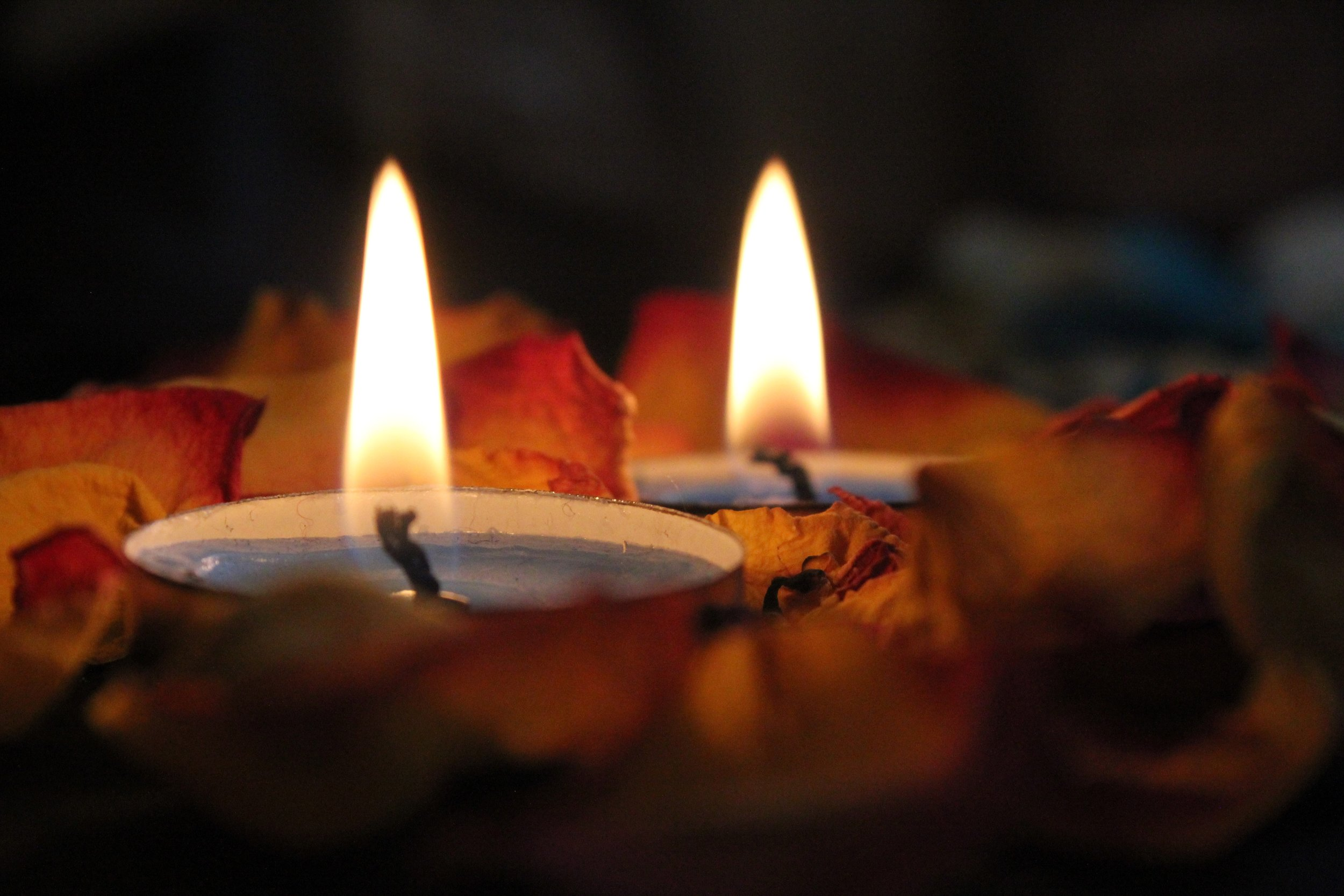 burning-candlelight-candles-1006540.jpg