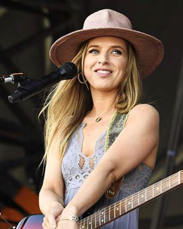 """So much fun performing @JazzAspen with @LukeCombs and @JohnMayer yesterday! It was so great to see so many smiling faces in the crowd singing along! Sometimes when I'm on stage singing a song it takes me right back to how I felt when I wrote it, and other times a song can take on a whole new meaning for me. Yesterday I was really feeling """"She Ain't Me."""" I wrote that song about feeling like I wasn't good enough for the person I wanted to be with and how I found the confidence within to know it was their loss and that they'll never, ever, ever find someone like me!!!🔥🔥🔥📸@lynngoldsmith @kurtozan251"""