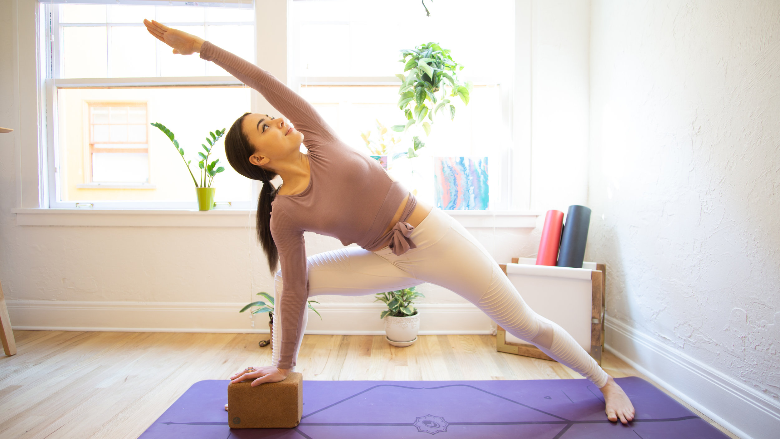 How To Choose The Right Yoga Props Tips And Recommendations Jessica Richburg