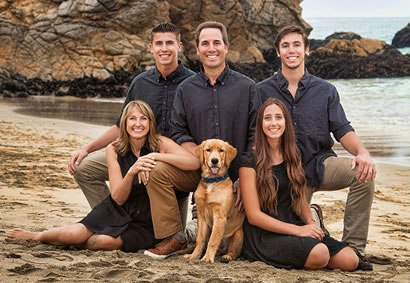 dr-jeff-bueno-dds-and-family.jpg