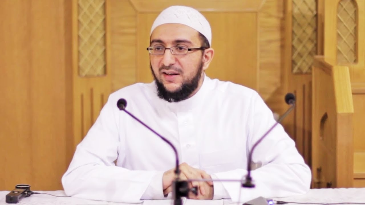 Dr Uthman Lateef - A khateeb at Stoke Poges Lane Mosque and Islamic Centre, a presenter at Islam Channel and a senior researcher at the Hittin Institute. He has a BA in History, an MA in Crusader Studies and has also completed a PhD in 'The Place of Fada'il al-Quds (the Merits of Jerusalem) and Religious Poetry in the Muslim Effort to Recapture the Crusades'.