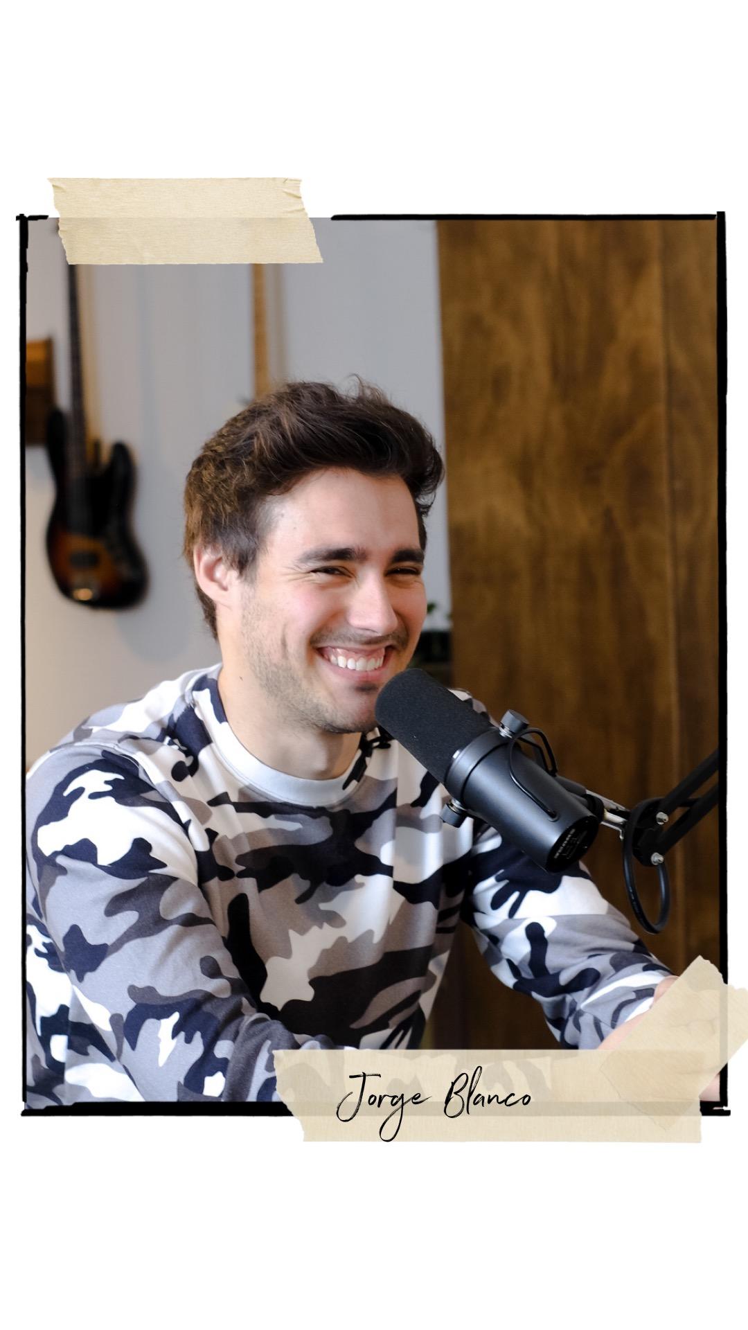 Jorge Blanco  ( Singer, Violetta)