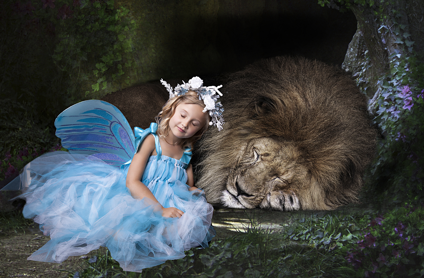 fairy with lion.jpg