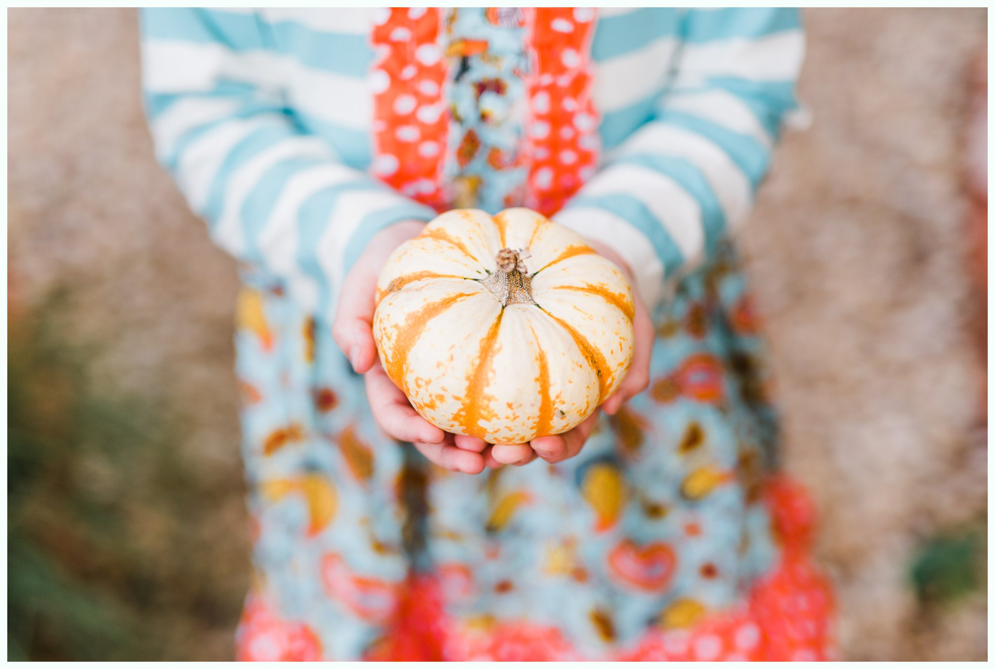 Pumpkin Patch Session_2936.jpg