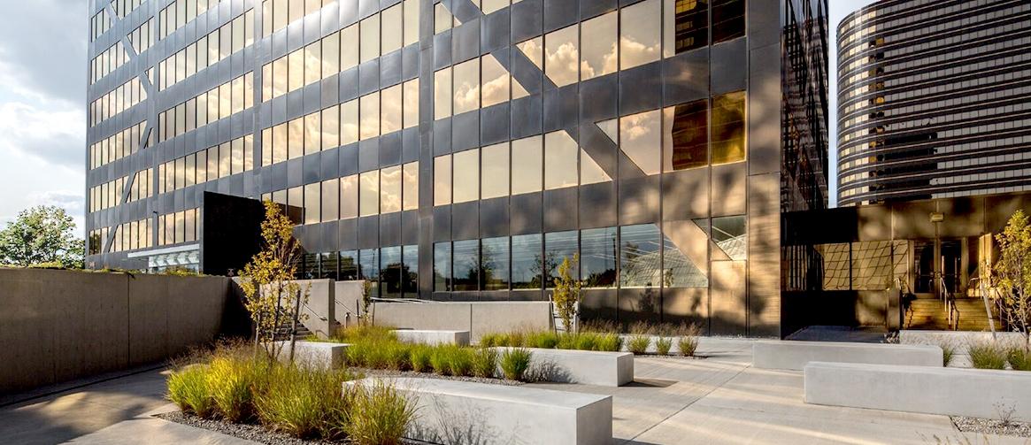 3000 Patio Building.jpg