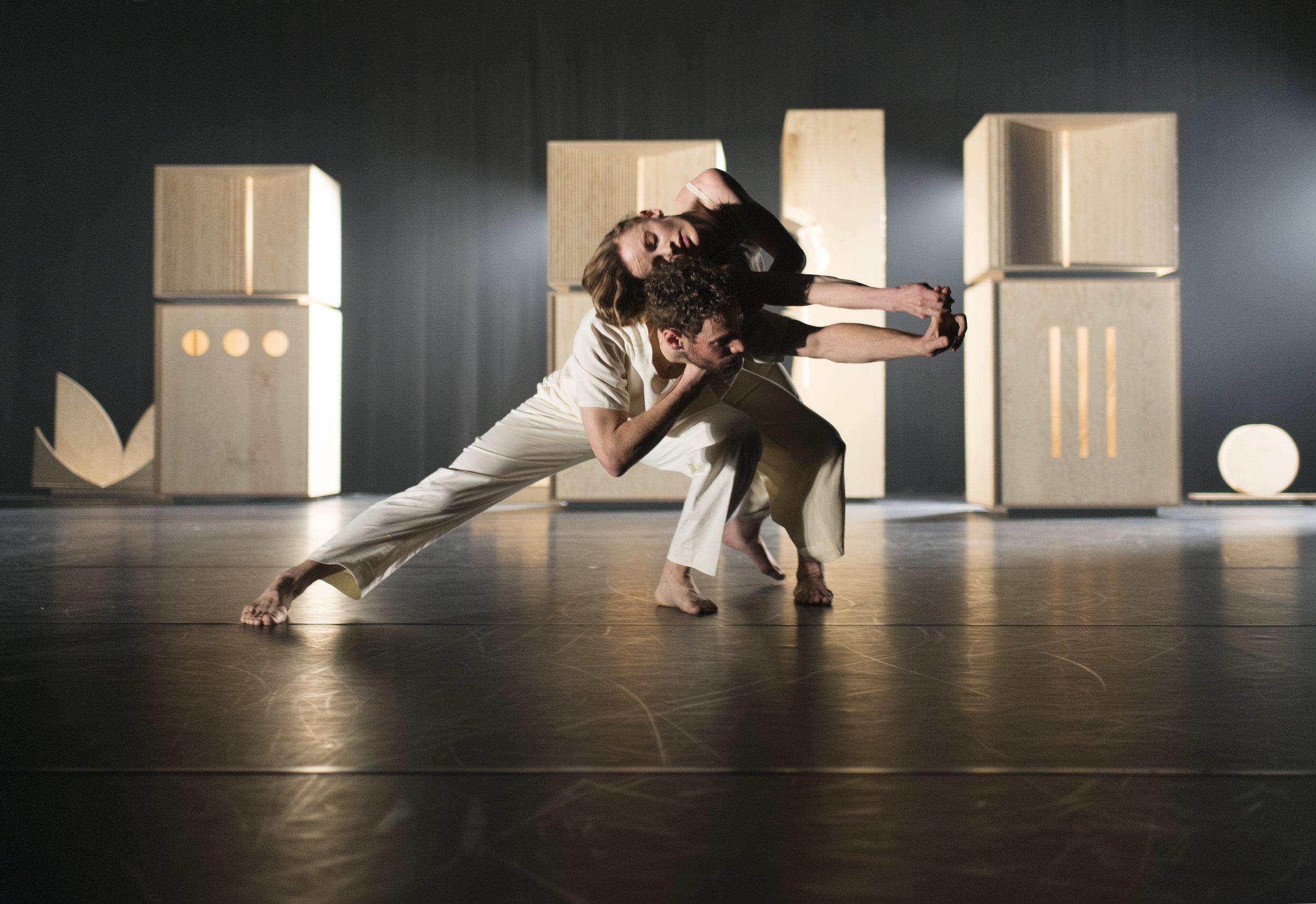 Linked - Choreography byGuro Nagelhus Schia & Vebjørn SundbyRead more