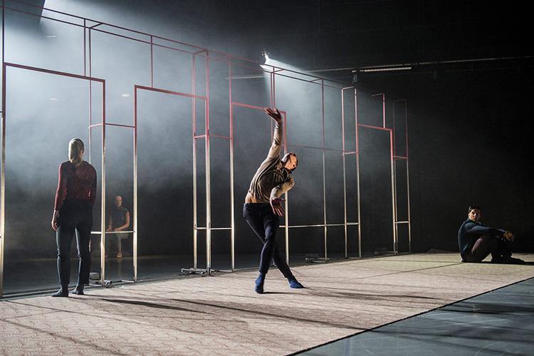 Photo: Stephen Hutton Choreography:  Korridor  by Christopher Arouni