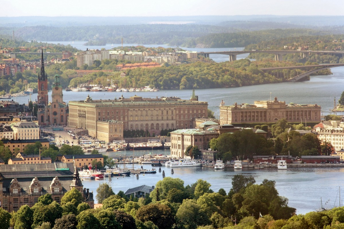 royal_palace_sweden_stockholm_air_photo-1239275.jpg