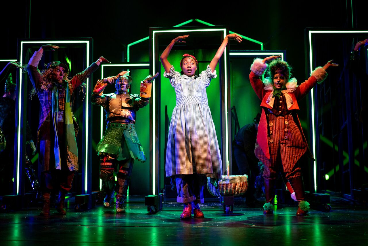 5 Star What's On Stage review as Dorothy in Wizard of Oz -