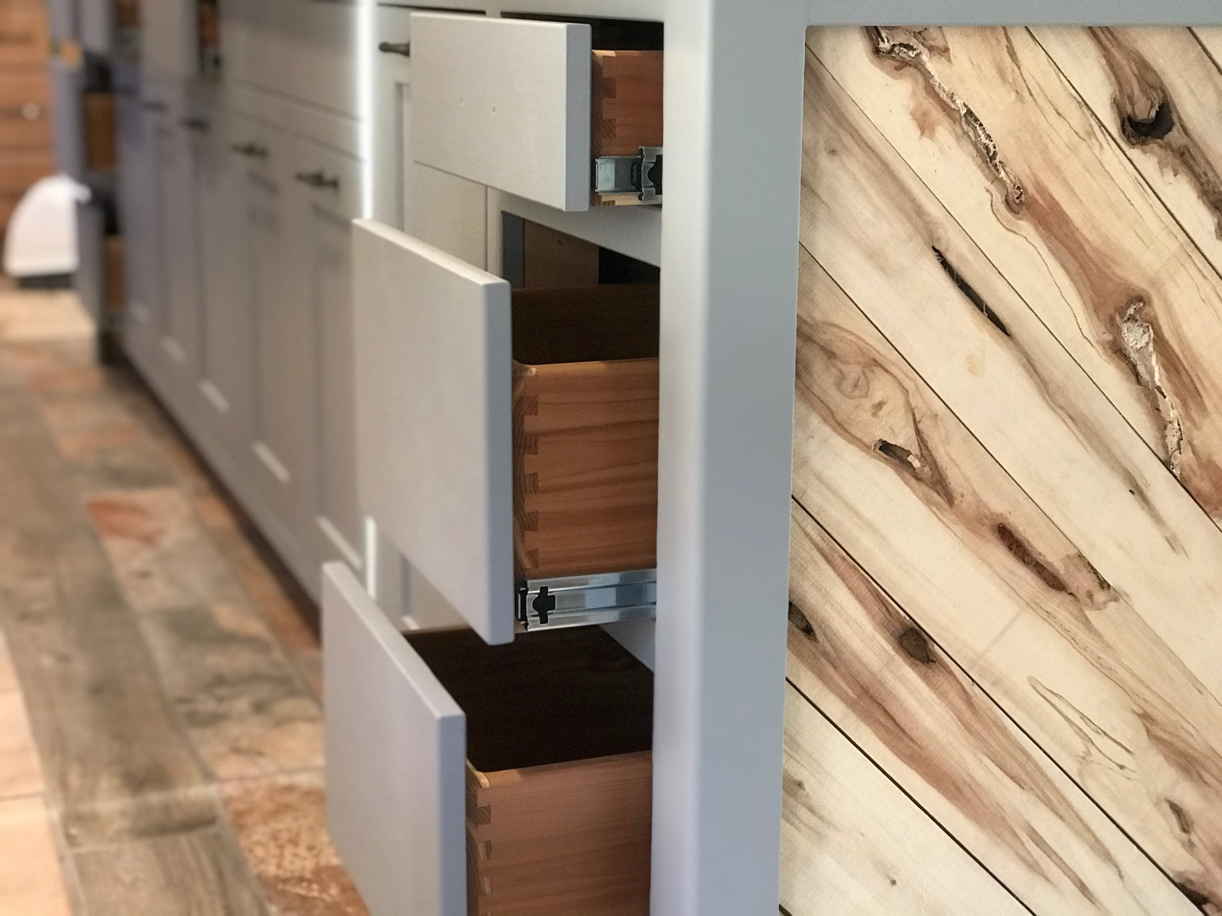 Farmington New Island - Solid Wood Drawers With Dovetails