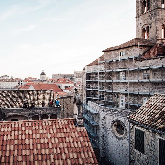 Dubrovnik • • • •  #travel #travelphotography #travelgram #seetheworld #adventureisoutthere #exploreeverything #exploretocreate #travelgram #instatravel #photographers #canon #travellight #traveltogether #wanderlust #passportready #dubrovnik #croatia #got