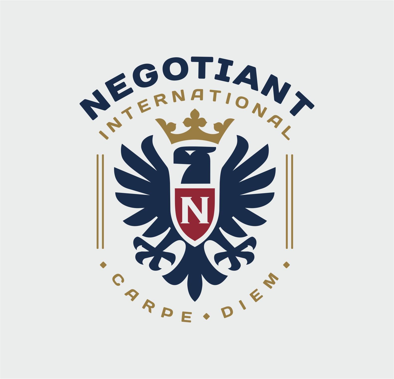 Crowned heraldic eagle crest logo.   Logotip u obliku okrunjenog heraldičkog orla.
