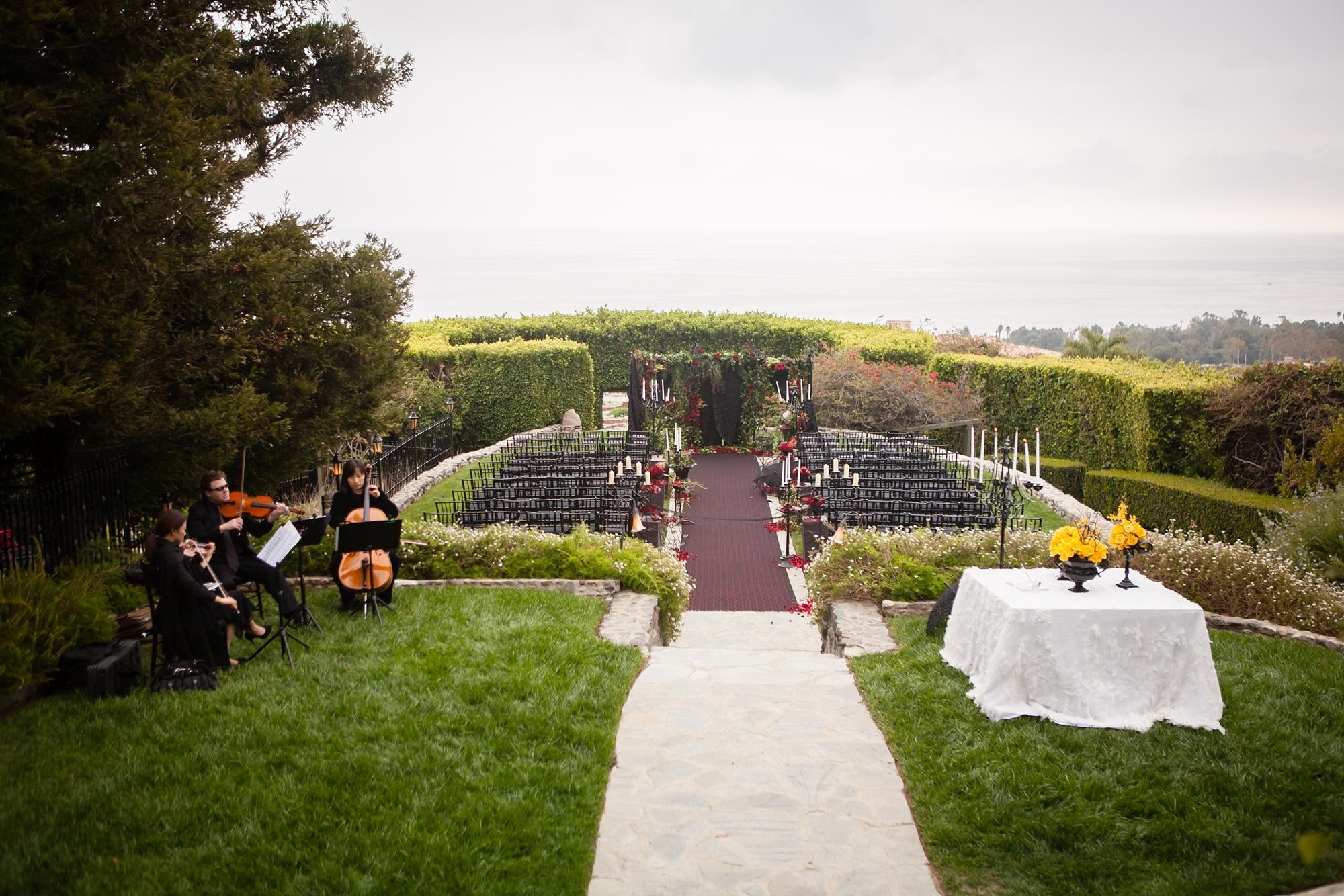 Stone Manor Malibu Wedding | Miki & Sonja Photography | mikiandsonja.com