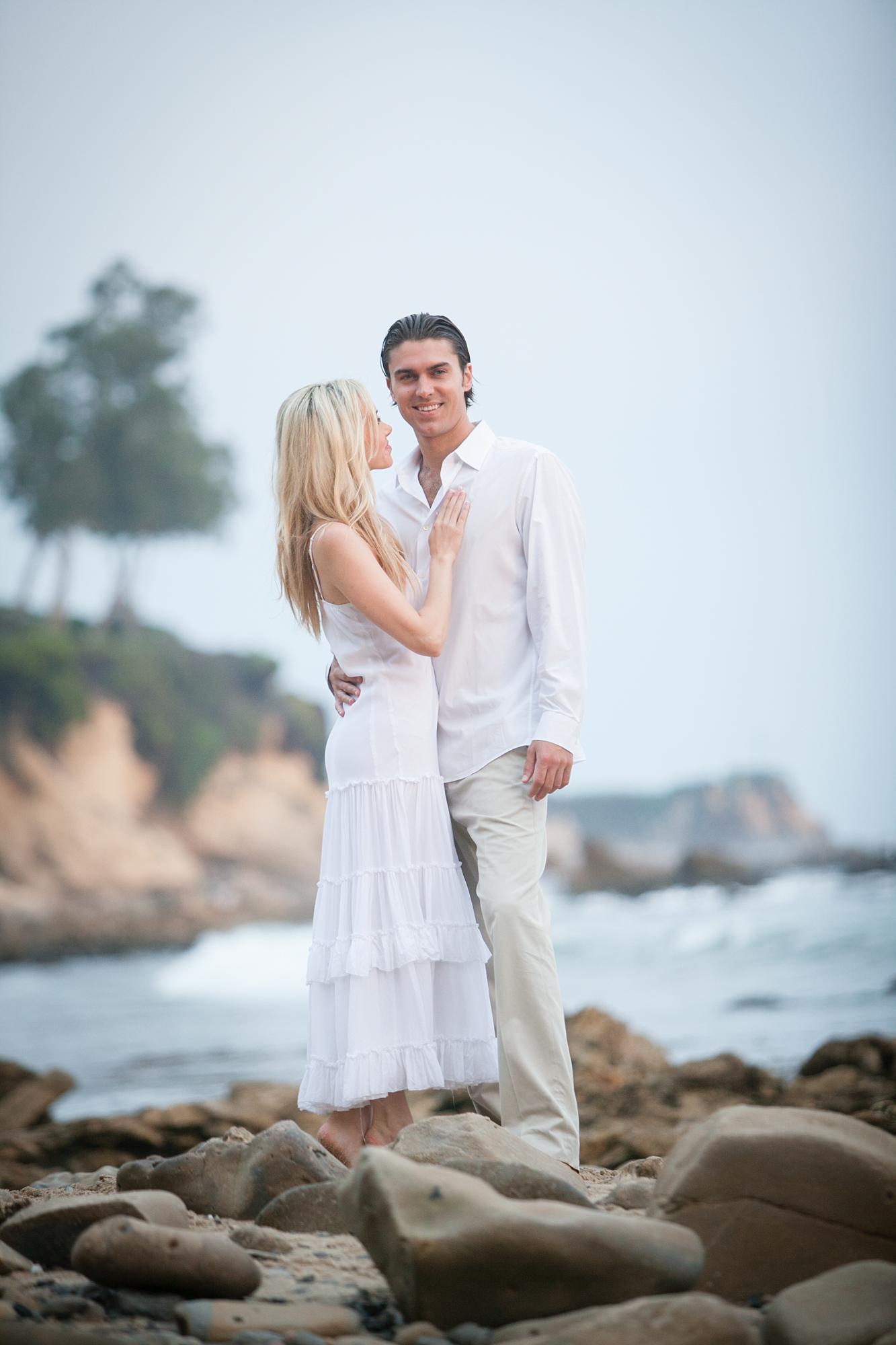 Newport Engagement | Miki & Sonja Photography | mikiandsonja.com