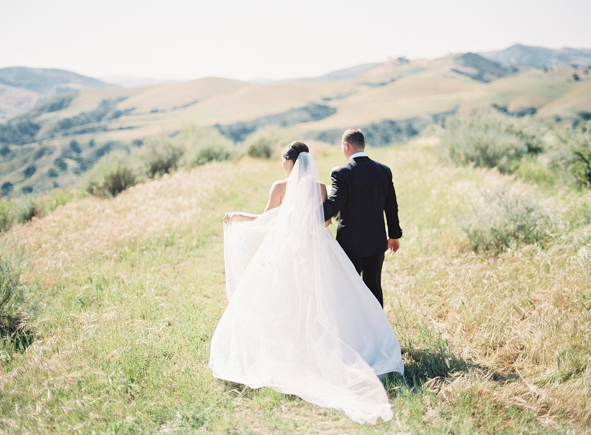 santa-ynez-vineyard-wedding-AM-42.jpg