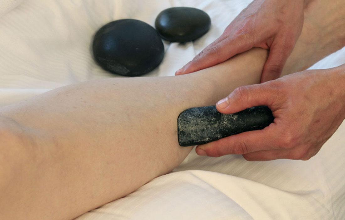 Hot-stones-massage-gallery-4.jpg