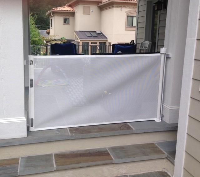 Outdoor Retractable Gate.jpg