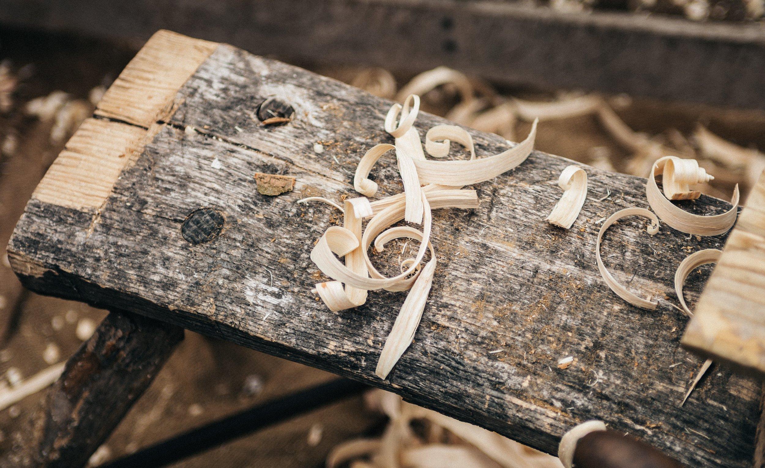 arts-and-crafts-carpenter-carpentry-175709.jpg
