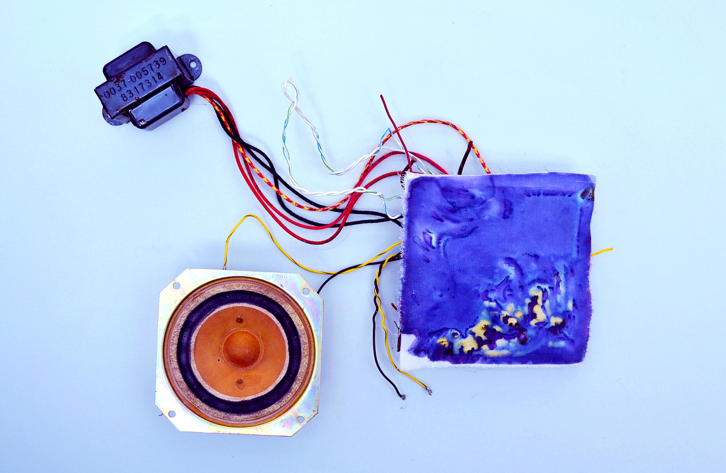 Electro Colour - printing on textile with an amplifier.jpg