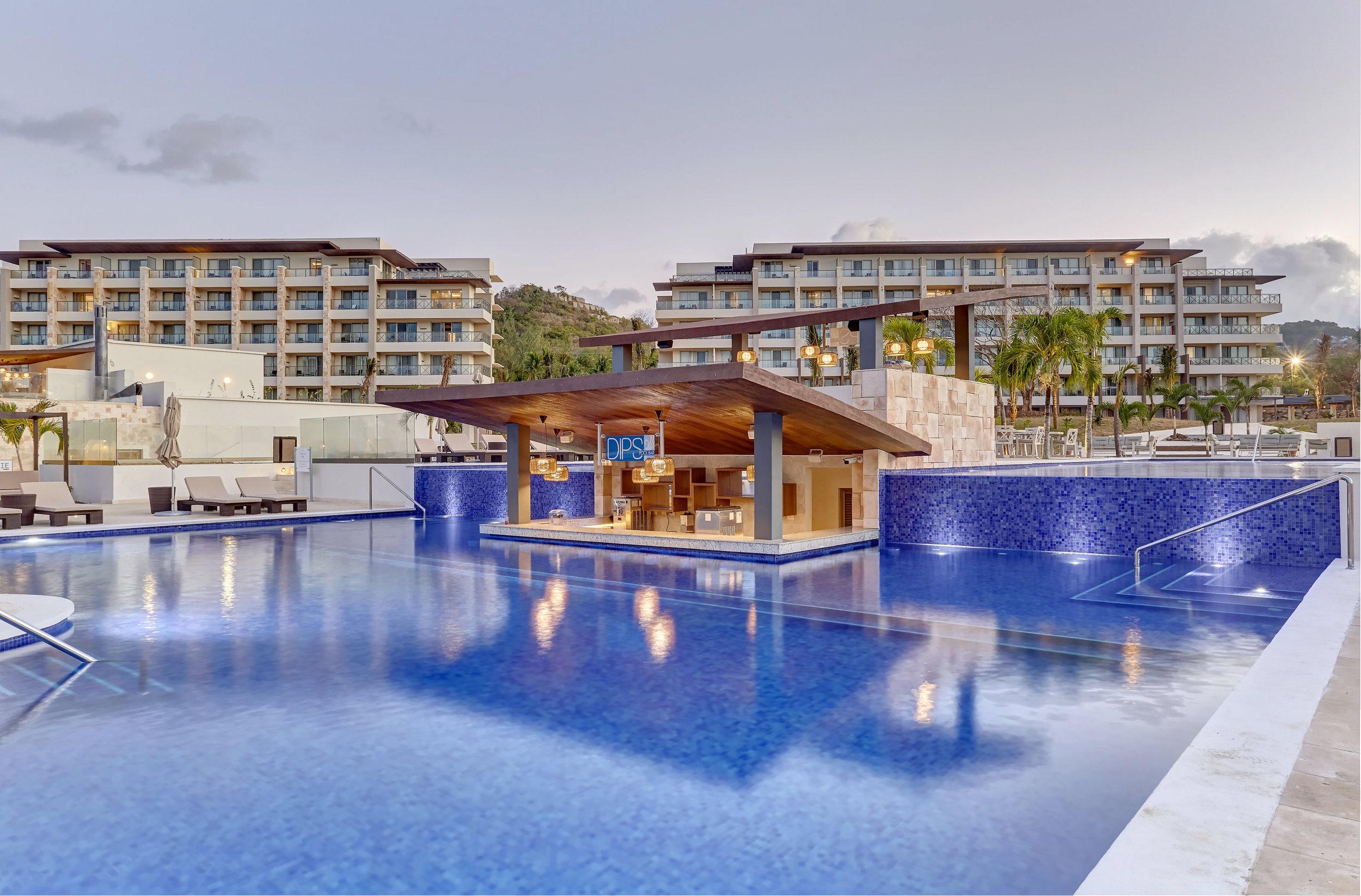 resort 2 -