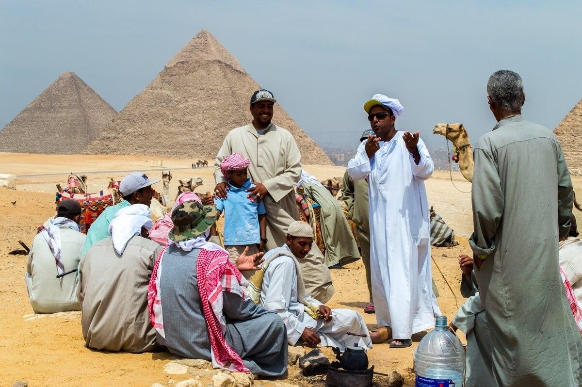 Local-Egyptians-at-the-Giza-Pyramids-1.jpg
