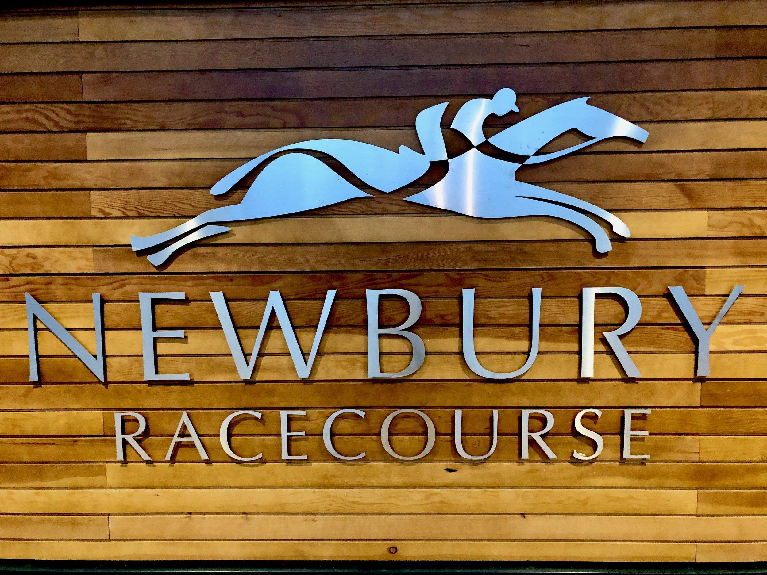newburyracecoursesign.jpg