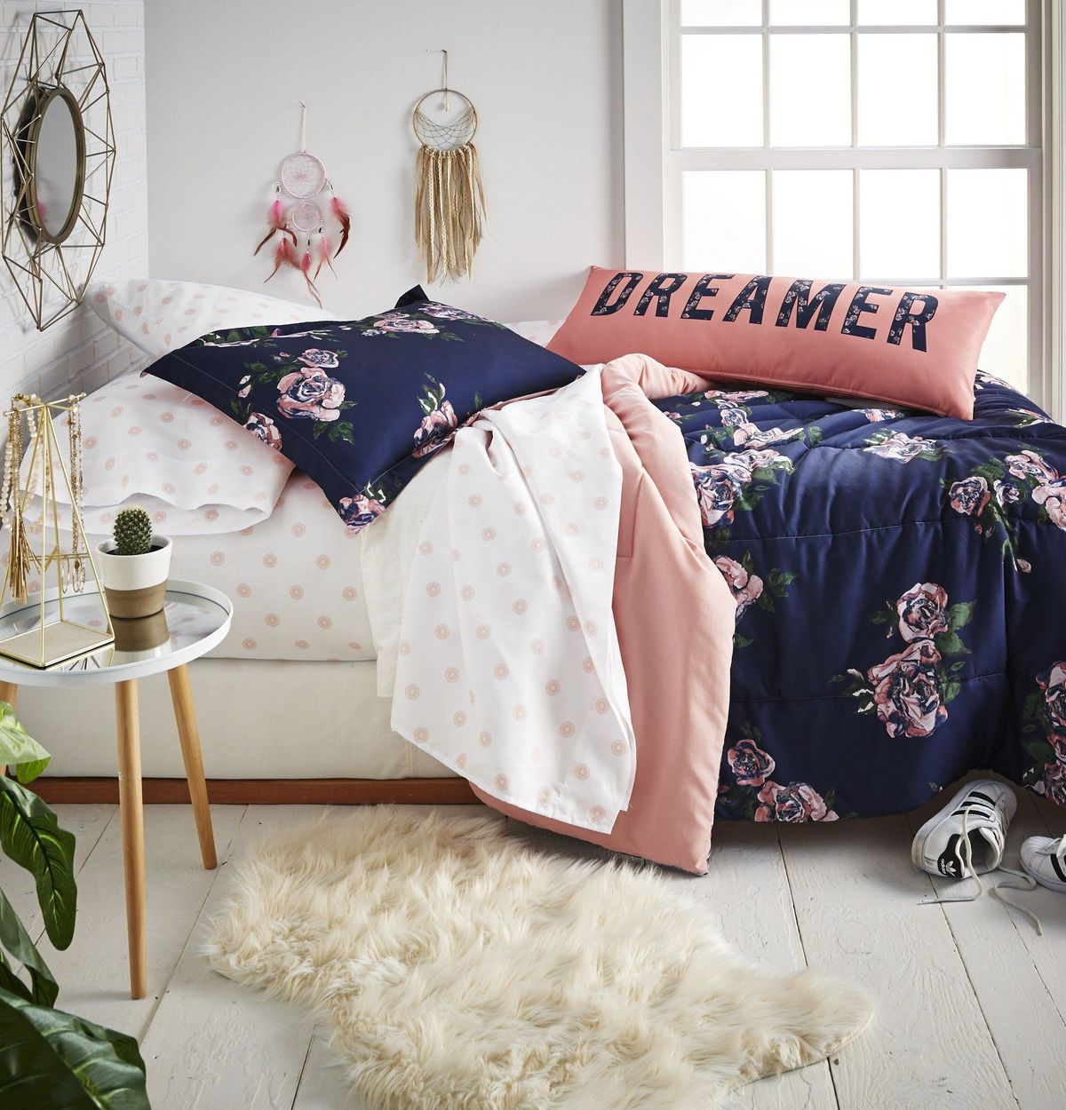 Roomify Sweet_Dreams_Room_Shot_1200x1250_crop_center.jpg