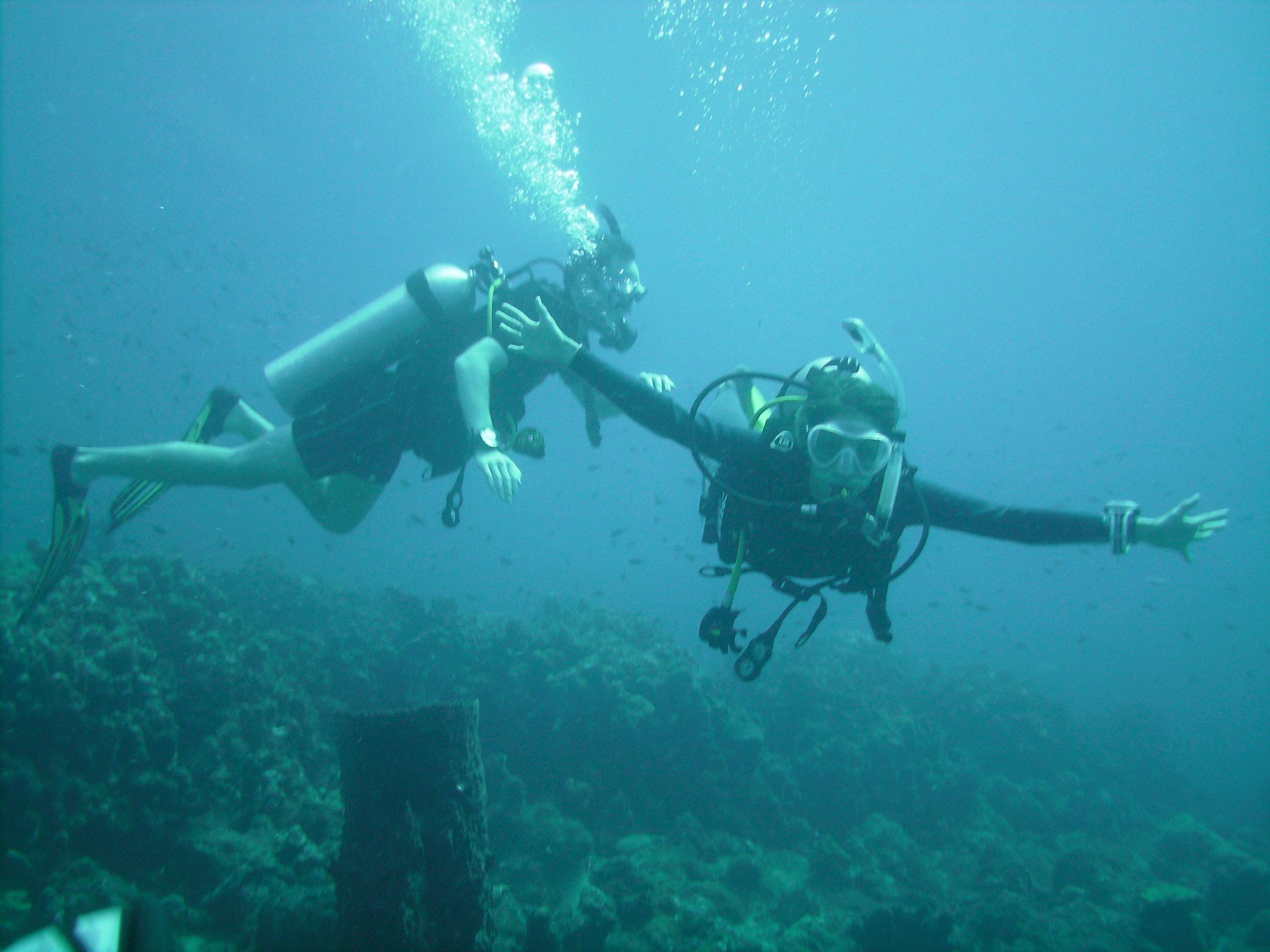david and beth padi divers salt dominica toucari.jpg