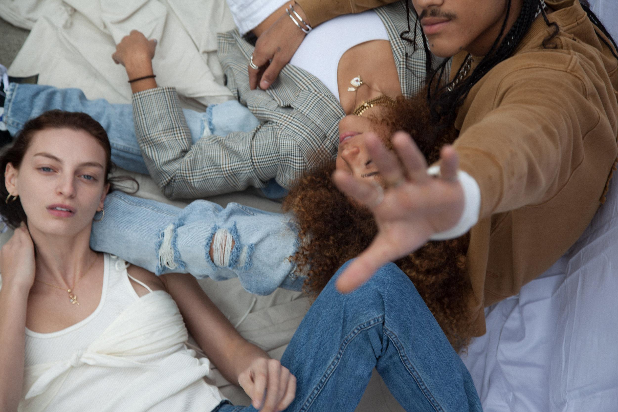 KSUBI - THE ROMANCE O… YOUTH