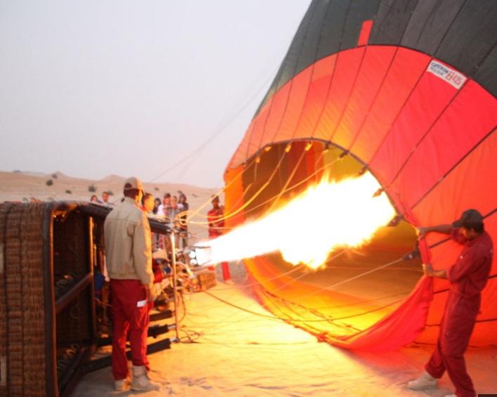 hot air - hot air balooning - beyond dubai.jpg