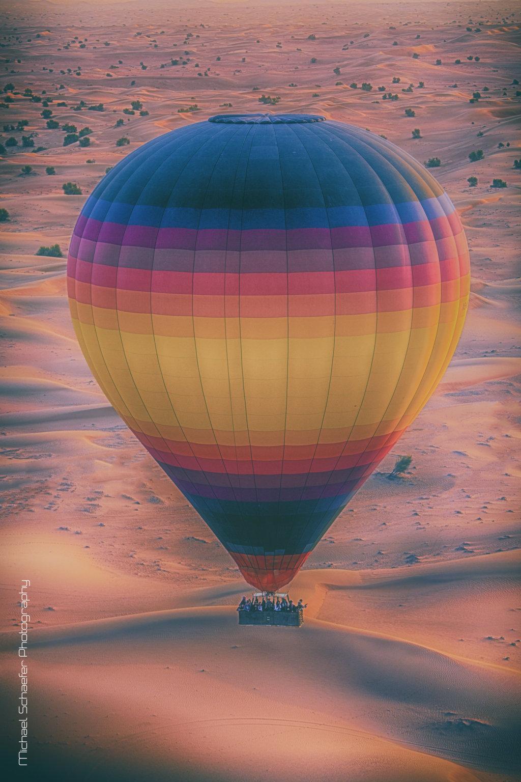 Hot-Air-Balloons-in-Dubai-FILEminimizer.jpg