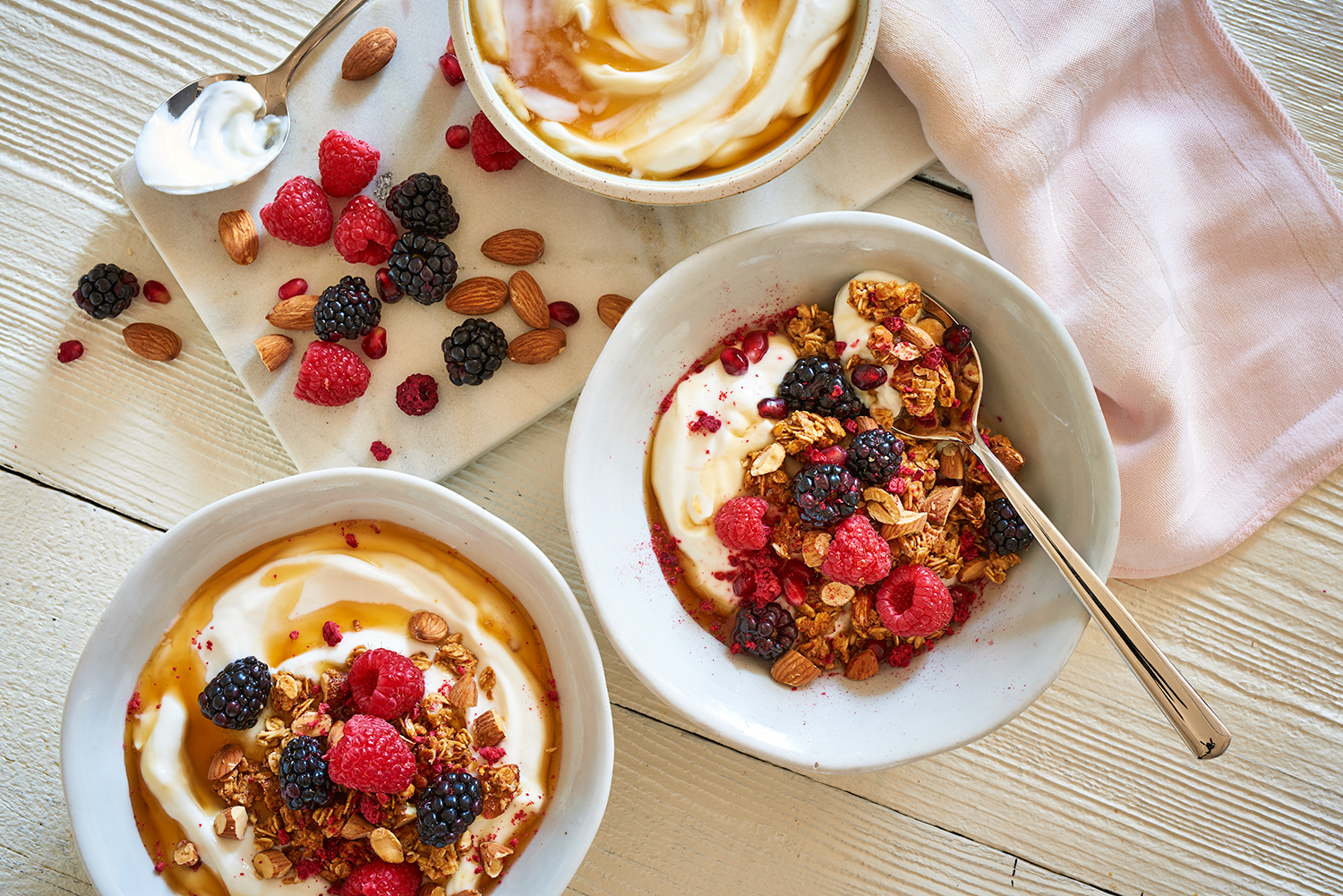 01_Yogurt-Honey-Granola-Fruit.jpg