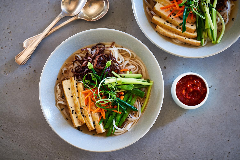 03_Vegan-Mushroom-Noodle-Bowl_0105_original.jpg