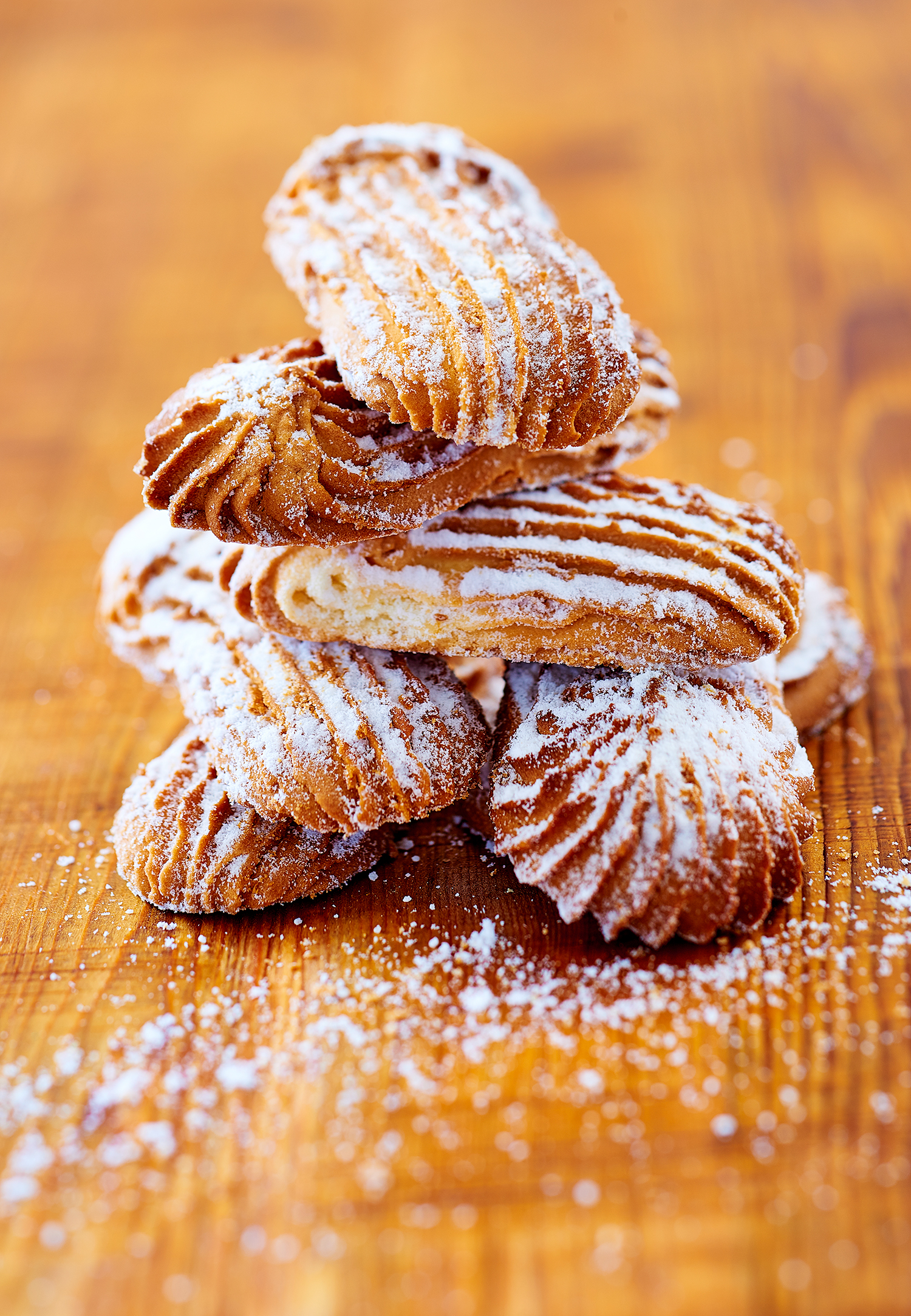 12_French-almond-cookies-madelines_0164_original.jpg