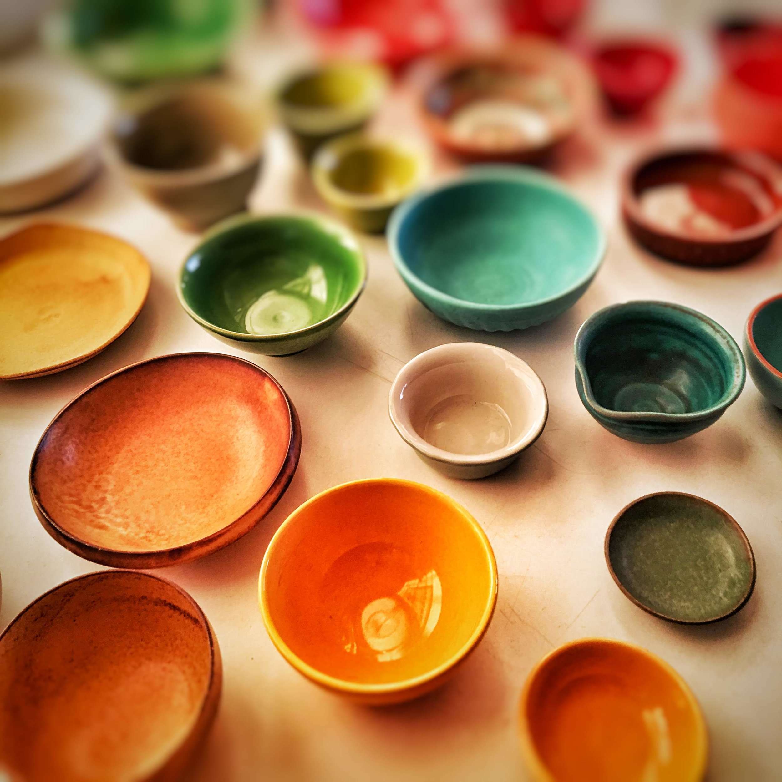 02_colored_bowls.JPG