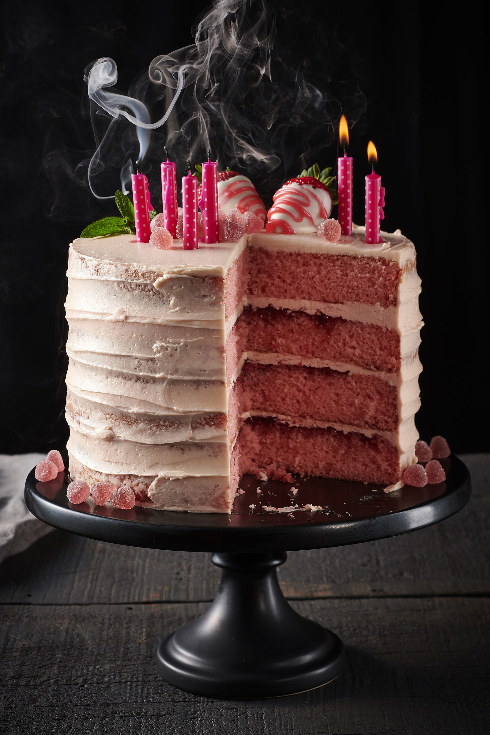 Strawberry-Champagne-Cake_0158_original.jpg