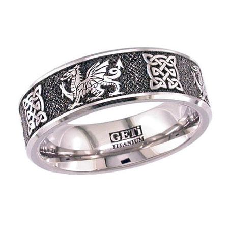 Welsh Dragon & Celtic Knot Wedding Ring