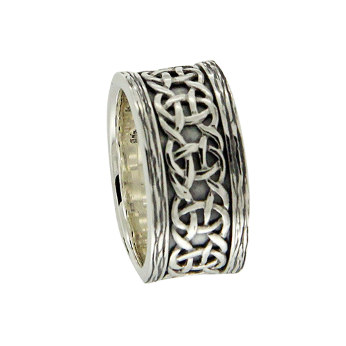 Sterling Silver Celtic Scavaig Wedding Ring with Bark Edges