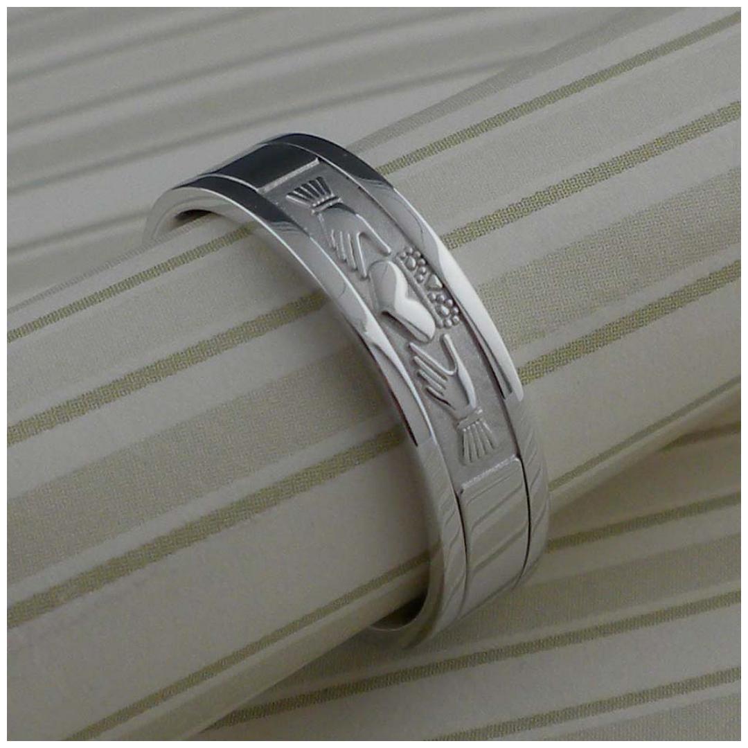 Ladies Signature CladdaghWedding Ring by Boru
