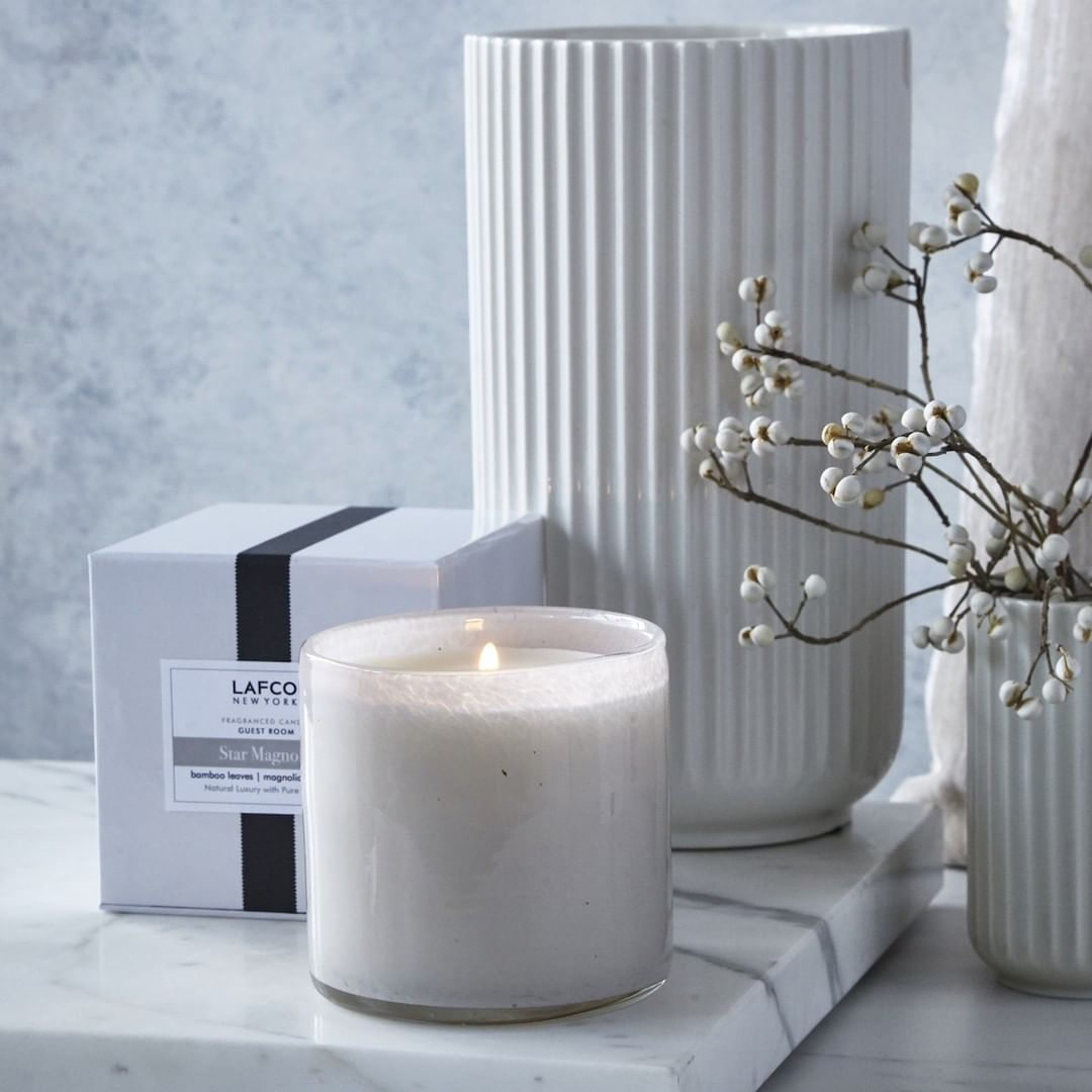 Star Magnolia: Features scent notes of bamboo leaves, magnolia and musk.