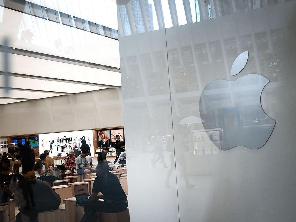 POLITICO - 'The risk paid off': How Apple prevailed in the U.S.-China trade war
