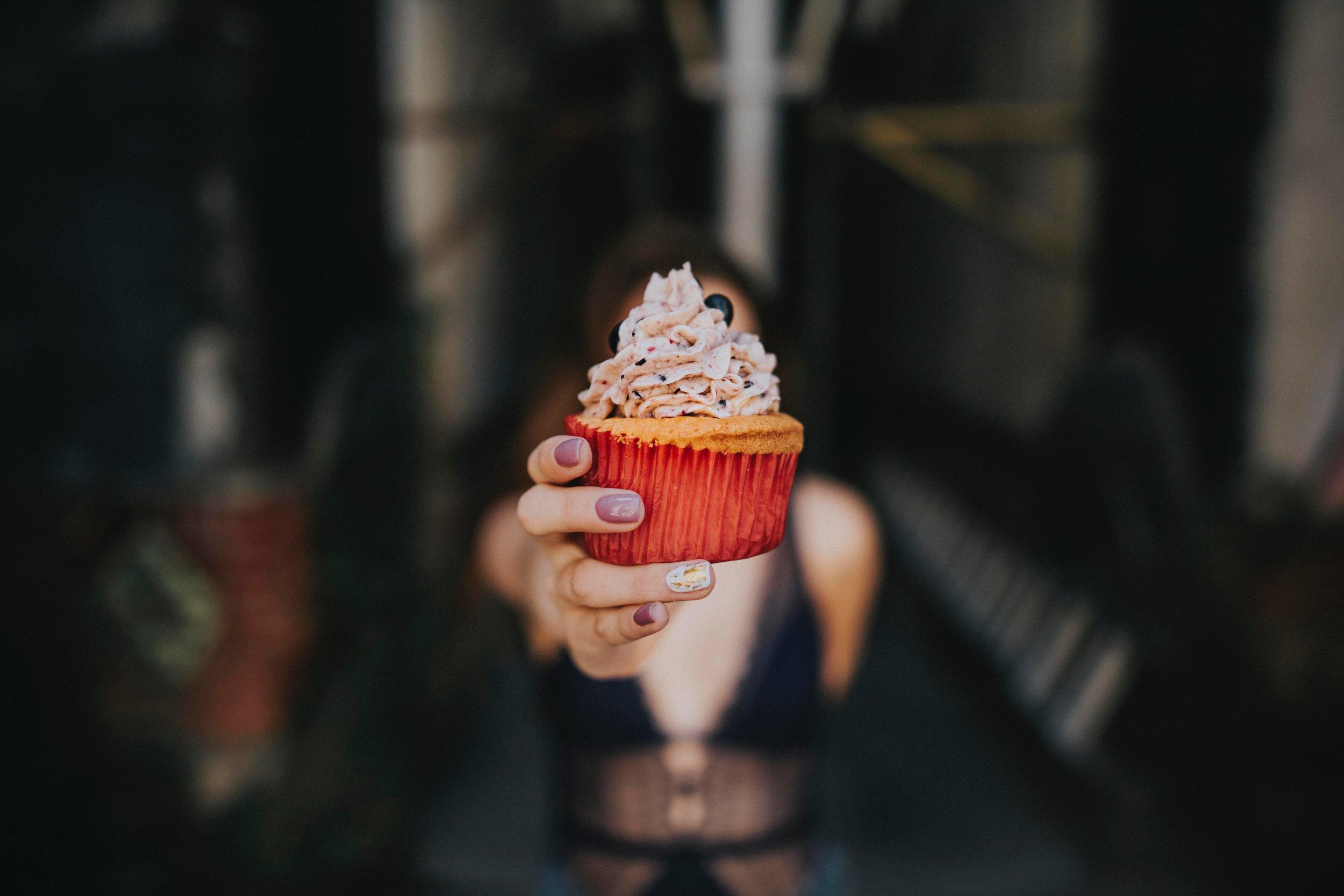 cupcake-delicious-dessert-2466047.jpg