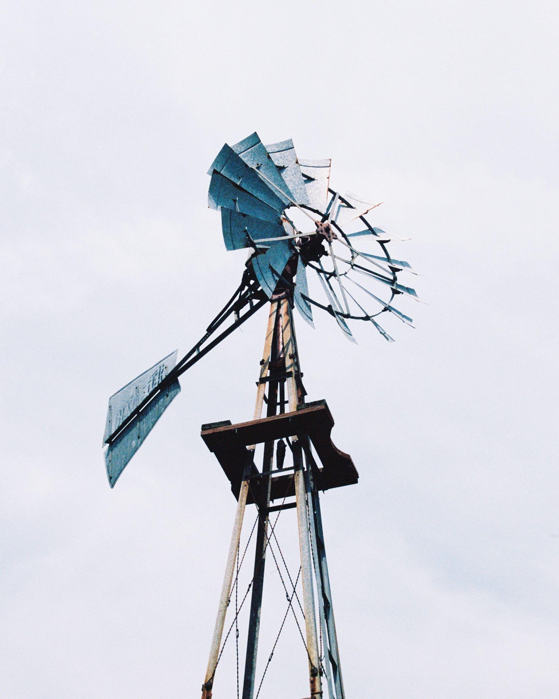 windmill Luis Lopez Photography.jpg