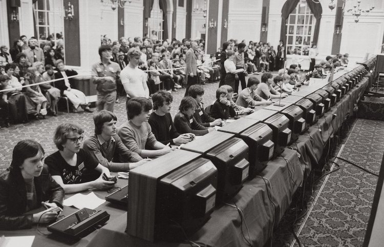 The 1980 Space Invaders National Championship - source: https://redd.it/3f5e5e