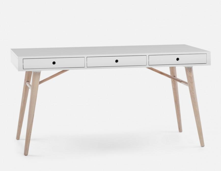 Structube desk.jpg