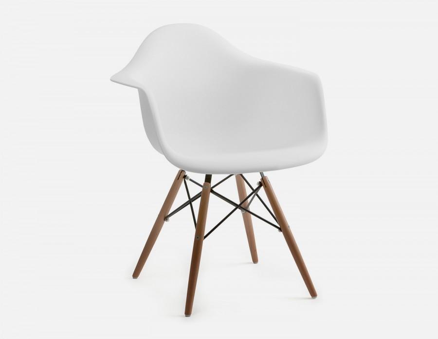 Structube chair.jpg