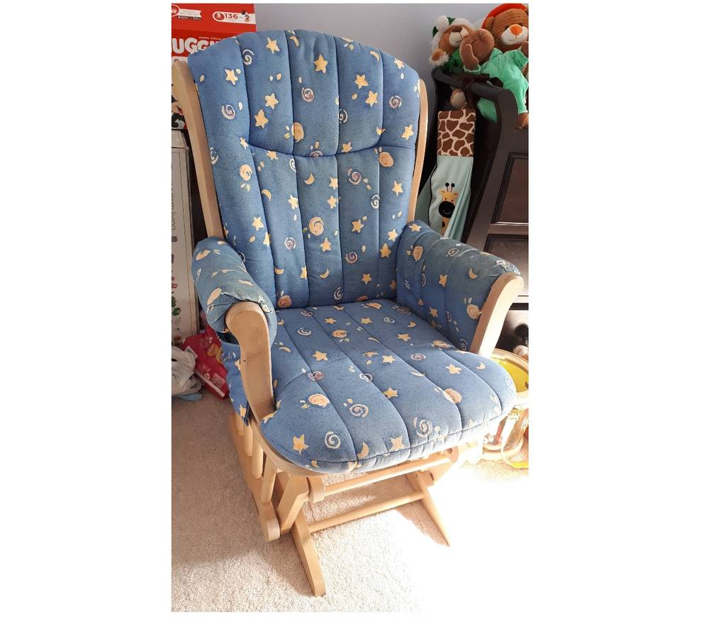 Seventh and Oak - Craigslist Finds - Vintage Rockign chair.jpg
