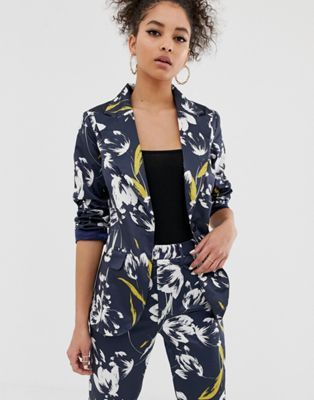 Seventh and Oak - Spring Wish List - Floral blazer ASOS.jpg